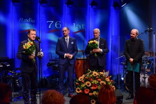 Wojciech Fułek, Adam Chmielecki, prof. Piotr Czauderna i Konrad Mielnik prowadzący galę