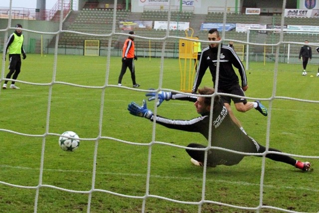 Jeden mniej piłkarz w PGE GKS Bełchatów