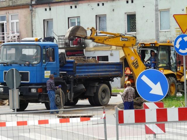 Dopiero po przeprowadzonym remoncie kierowcy przestali narzekać na rondo na ul. Przedborskiej