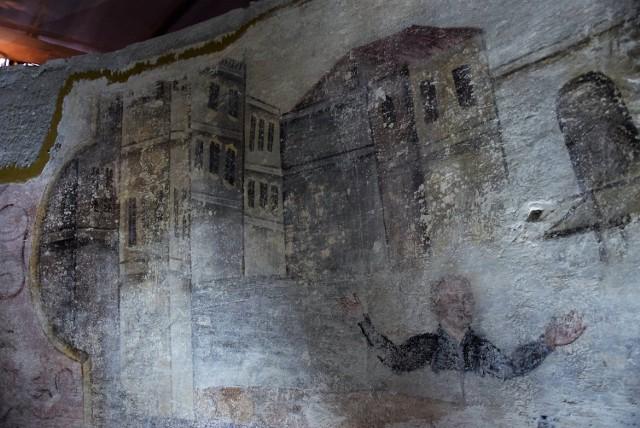 Sensacyjne odkrycie w kościele garnizonowym. Konserwatorzy odnaleźli XVIII-wieczne malowidła