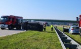 Wypadek na A1 koło Łodzi. Dachowanie na autostradzie A1 przy węźle Tuszyn