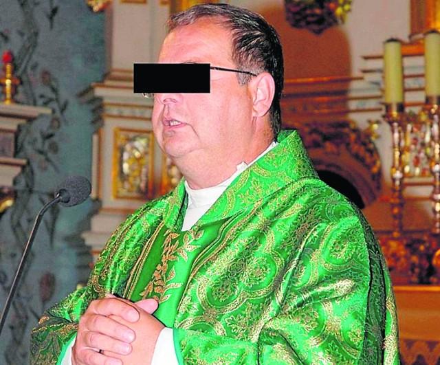 Ksiądz Marian W. przez rok był proboszczem w Grobli w powiecie bocheńskim, trafił tam z Grywałdu