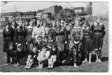 """""""Bronek"""" wczoraj i dziś, czyli ponad 70 lat I LO w Bełchatowie. Zobacz, jak zmieniała się szkoła ZDJĘCIA"""