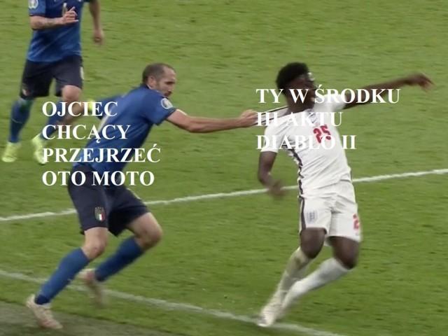 Wielka Italia nowym mistrzem Europy! Po raz drugi w historii reprezentacja Włoch sięgnęła po najwyższy zaszczyt w Europie. W finale musiała gonić wynik od 2 minuty, ale kapitalnie rozegrała drugą połowę, a potem konkurs rzutów karnych. To jak najbardziej zasłużone zwycięstwo! Zobaczcie, jak wynik komentują internauci. Oto najlepsze memy o finale Włochy - Anglia.