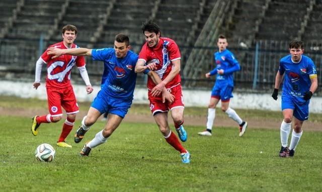 Piłkarze Chełmnianki zrobili kolejny krok do utrzymania. W sobotę pokonali w Kijewie Królewskim beniaminka z Brześcia Kujawskiego.