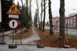 Rozpoczął się remont chodnika przy ulicy Krakowskiej w Staszowie. Mieszkańcy odetchnęli z ulgą (ZDJĘCIA)