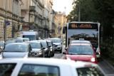 Kraków. Autobusy linii 184 nie wrócą na ulicę Dietla. Mieszkańcy protestują