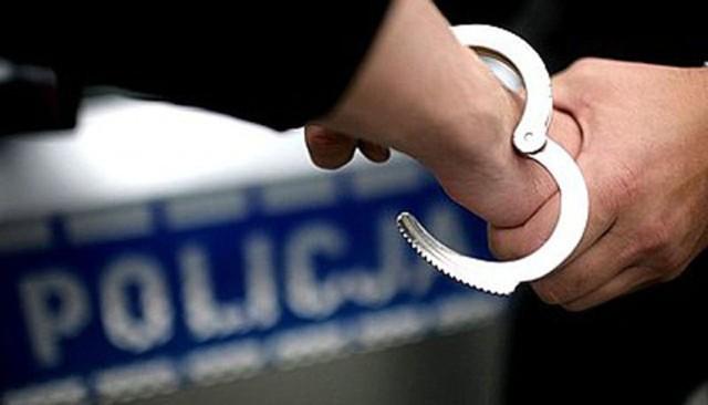 Policjanci zatrzymali złodzieja. Ukradł pieniądze i rower