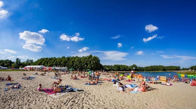 Jeśli jeszcze nie odkryliście tego miejsca, to długi weekend jest fantastyczną okazją. Jest tu dużo przestrzeni, piaszczysta plaża, pyszne jedzenie.