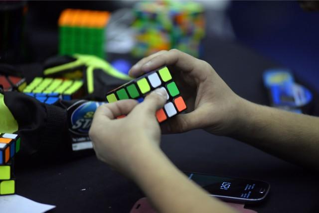19-22 lipca 2018 r. odbędą się w Madrycie mistrzostwa Europy w układaniu kostki Rubika.  Zobacz: Koniec śwwiata 23 kwietnia?
