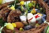 Wielkanoc 2021 gmina Świecie. O której godzinie święcenie pokarmów w kościołach? Gdzie i kiedy ze święconką w gminie Świecie? [lista]