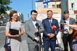 Prezydent Ostrowca dziękuje posłance i prosi o dalszą pomoc. W tle remont ważnej drogi (ZDJĘCIA)