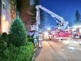 Ogień strawił mieszkanie w bloku na os. 60 lecia ONP w Starogardzie Gd. ZDJĘCIA