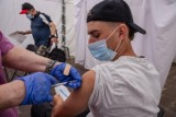 Wójt gminy Krasiczyn Tadeusz Bobek zachęca mieszkańców do szczepień przeciwko Covid-19