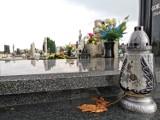 Bezpłatne porządkowanie grobów. Seniorzy mogą prosić o pomoc