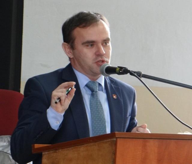 Burmistrz Błaszek donosi na mieszkańców