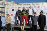 Sportowy sukces dzielnicowego z Błaszek. Bohdan Tułacz zdobył brąz w biegu zorganizowanym w Kaliszu (fot)