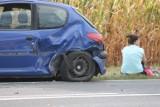 Wypadek pięciu aut. Jedna osoba ranna. Policja szuka kierowcy jednego pojazdu [ZDJĘCIA]