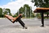 """Tu rządzi """"elita tego miasta"""". Żninianie alarmują: Park między ulicami Kościuszki i Sienkiewicza wygląda jak wysypisko śmieci! [zdjęcia]"""