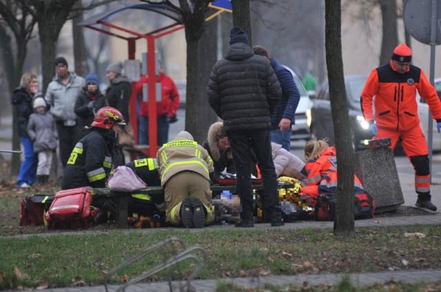 W przeszłości wiele razy było tak, że pierwsi na miejscu zdarzenia byli strażacy. Do czasu przyjazdu karetki z innego miasta to oni udzielali pierwszej pomocy.