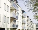 Czas sprzedaży mieszkania wzrasta, ceny mieszkań spadają