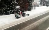Mieszkaniec Sądecczyzny wywrócił samochód nad Jeziorem Czchowskim