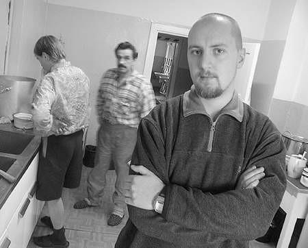Marek Lenart musi już odmawiać pomocy bezdomnym.  Fot: Sylwester Witkowski