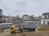 Robotnicy podczas prac na placu przed dworcem PKP w Sosnowcu, odkryli podziemny obiekt!