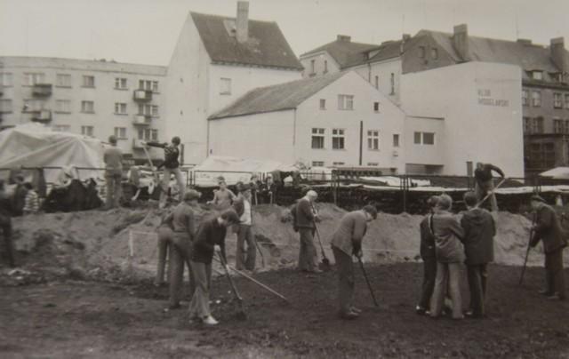 Czyny społeczne pracowników I LO w Szczecinku w latach 70/80