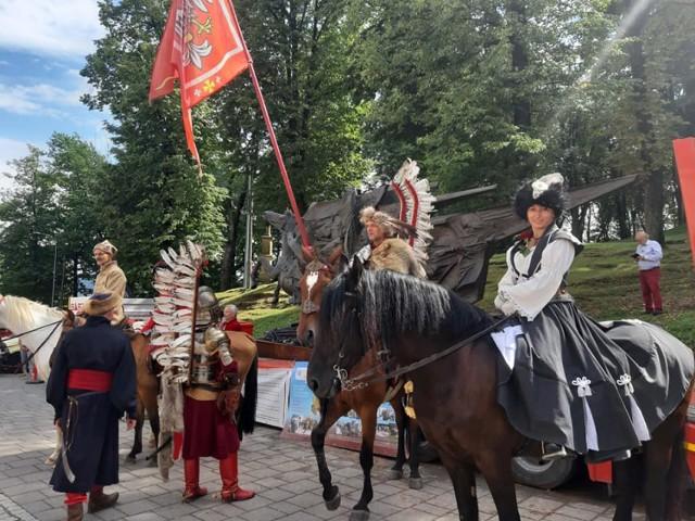 W tym roku w gminie promowano Mikołaja Zebrzydowskiego na różne sposoby