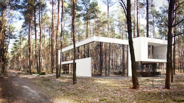 Zobacz też najnowszy projekt tego samego projektanta - lewitujący dom, który również stanie pod Warszawą: Lewitujący dom w Józefowie. Projekt, który zachwycił architektów