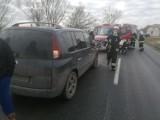 Trzy auta zderzyły się dzisiaj rano pod Wrocławiem. Zobacz zdjęcia!
