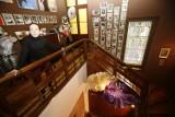 Muzeum w mieszkaniu Barbary Ptak powiększyło się dwukrotnie. I powstała Galeria pod 11. [FOTO]