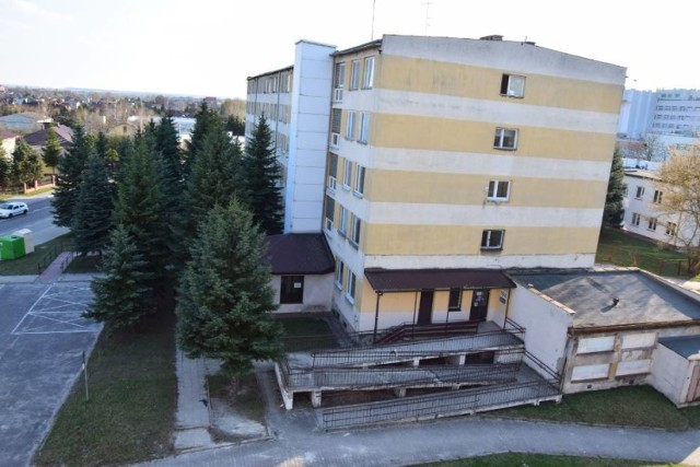 Centrum Usług Wspólnych NFZ ruszy 1 października i będzie się mieściło w budynku przy ul. Ceramicznej.