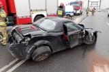Groźne zderzenie aut przy wjeżdzie na most heleński w Nowym Sączu