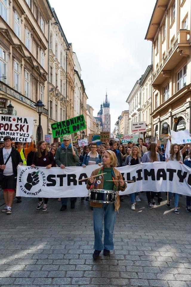 20.09.2019 kraków mlodziezowy strajk klimatyczny nz  fot. konrad kozłowski/polskapress