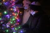 """""""Daje ludziom trochę radości i nadzieję"""" - mówią o świątecznej choince mieszkańcy niebieskich bloków na Koszutce"""