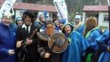 Morsy uwielbiają zimą Bałtyk w Jarosławcu. Kochają także szalone przebieranki ZDJĘCIA
