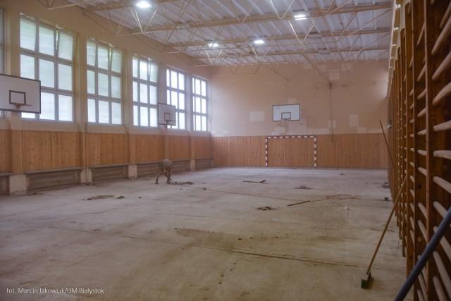 V LO w Białymstoku i Zespół Szkół Gastronomicznych będą miały nowe sale gimnastyczne