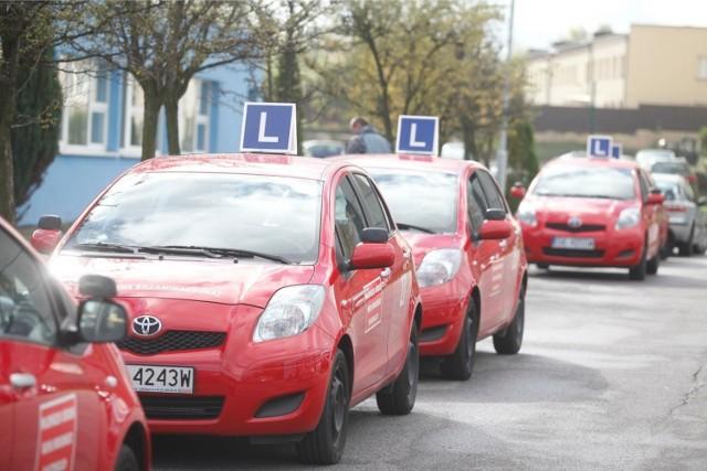Ruszają egzaminy na prawo jazdy! WORD Katowice wznawia testy praktyczne i teoretyczne we wszystkich swoich oddziałach