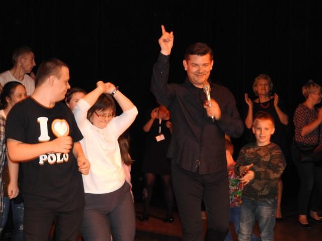 Zenek Martyniuk podczas koncertu charytatywnego w Bielsku