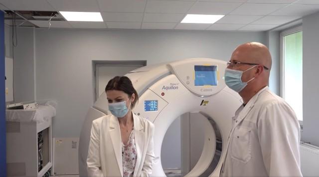 W Powiatowym Centrum Medycznym w Grójcu trwa instalacja i testowanie nowego tomografu komputerowego.