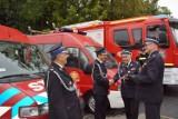 Nowe samochody dla jednostek OSP w gminie Drużbice. Strażacy dostali siedem nowych aut