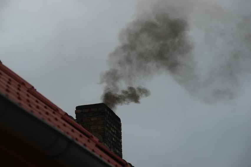 Smog Opolskie. Bardzo zła jakość powietrza w Opolu,...
