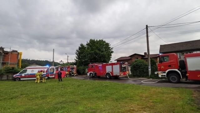 Prokurator rejonowy w Mikołowie poinformował, iż znane są już wyniki sekcji zwłok ofiar pożaru domu w Orzeszu. Wykluczyły one udział osób trzecich. Zatem w wyniku jakiego czynnika zginęła rodzina?