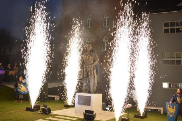 Odsłonięcie pomnika w Opolu