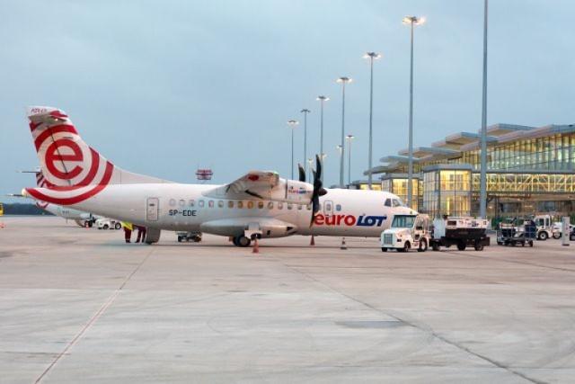 Pierwszy samolot do Zurychu wyleci dzisiaj, 3 marca, o godz. ...
