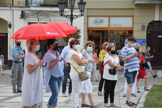 Nie dla legalizacji przemocy domowej - protest na Głównym Rynku w Kaliszu
