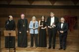 Nagroda im. kard. nom. Ignacego Jeża. Troje wyróżnionych w Filharmonii Koszalińskiej [WIDEO, ZDJĘCIA]