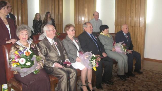 Jubilaci odebrali od prezydenta Zawiły gratulacje z okazji 50-lecia związku małżeńskiego